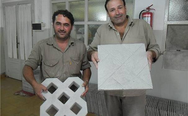 Dos cooperativas formaron la primera empresa social de producción de piezas de hormigón