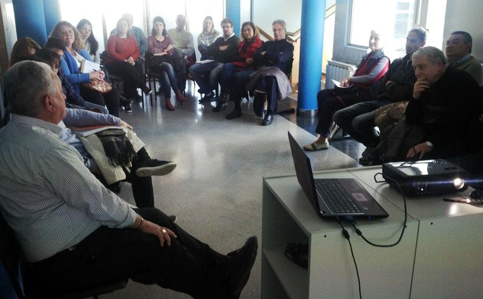 Encuentro de Profesionales de la Economía Social y Solidaria en la Asociación Vecinal Gral. Martín de Guemes (Rosario)