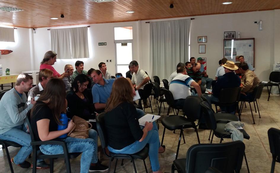 CGCyM Misiones realizó una Jornada de Capacitación Cooperativa en la localidad de Wanda