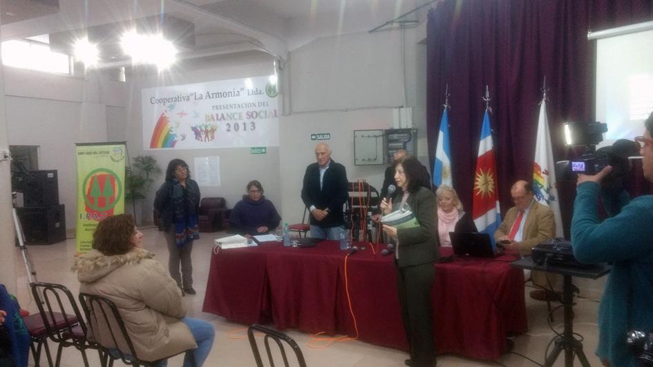 Donación de libros del CGCyM a la flamante Biblioteca de la Economía Social en Santiago del Estero