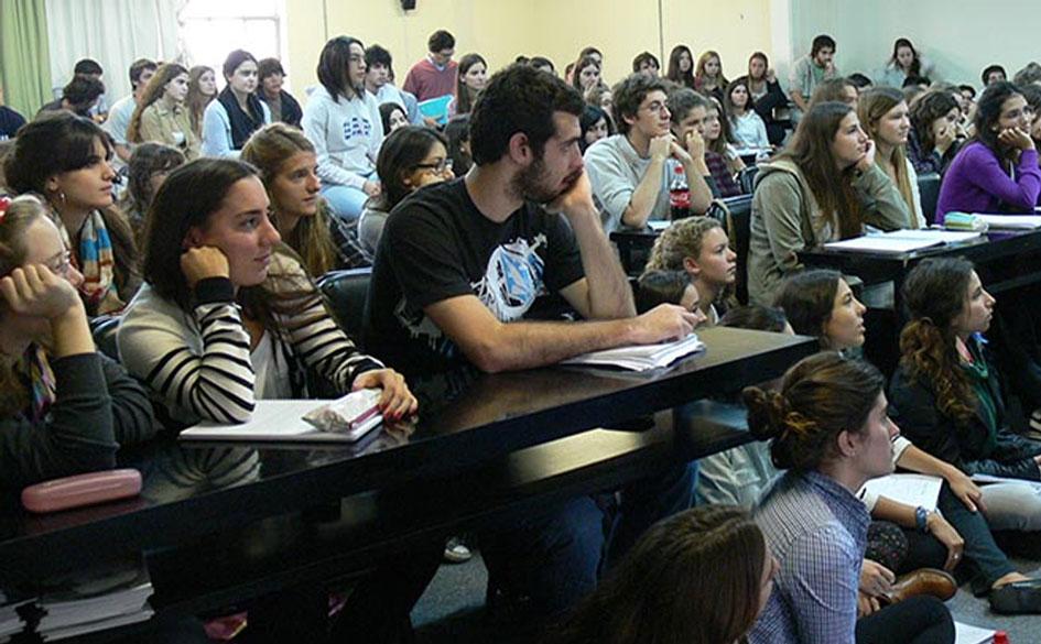 Incorporación de contenidos de cooperativismo y mutualismo en las carreras de abogacía y contador público