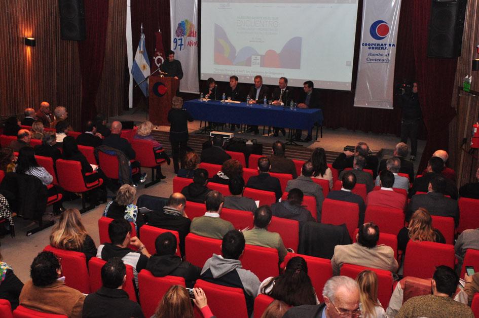 Encuentro de dirigentes y profesionales de la ESyS en Bahía Blanca: «Nuestro Norte es el Sur»