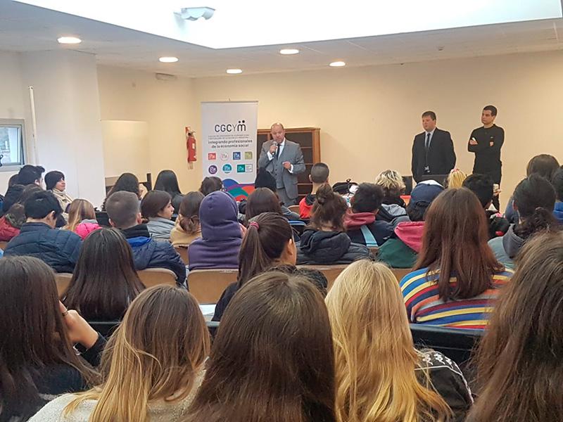 Concurso escolar sobre mutualismo para alumnos del Colegio Nacional de La Plata «Rafael Hernández»