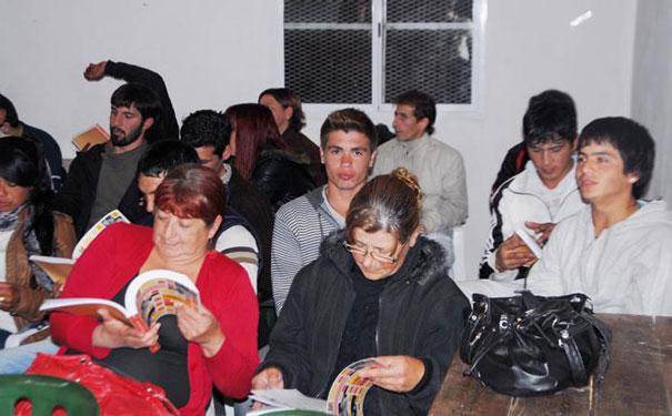 Gualeguaychú: Programa secundario semi presencial para los trabajadores autogestionados y sus familiares directos