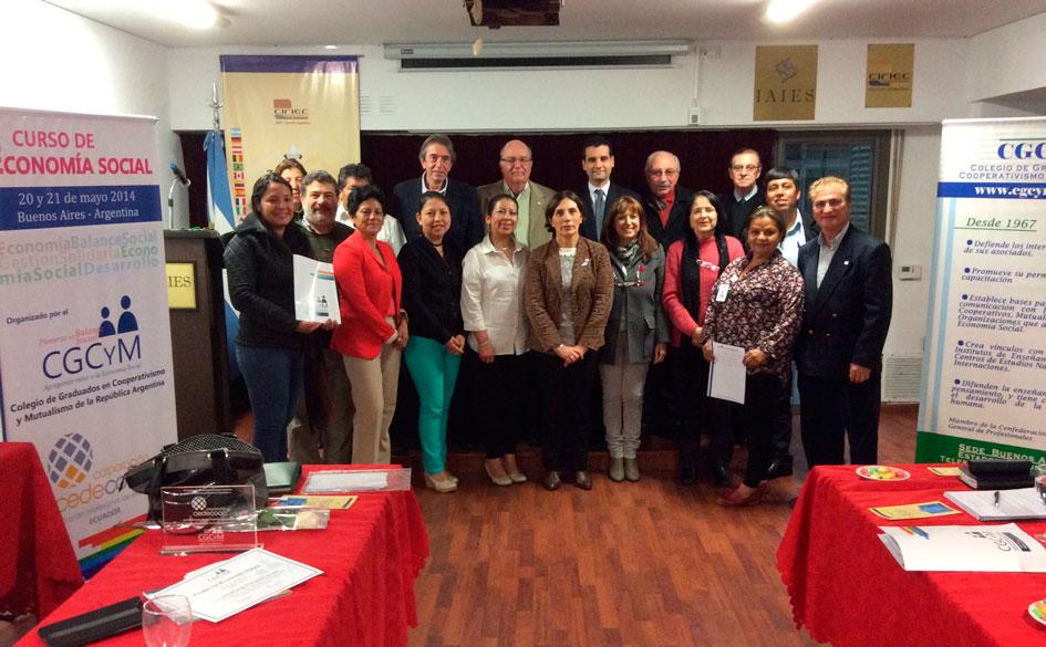El CGCyM capacitó en Economía Social a cooperativistas ecuatorianos