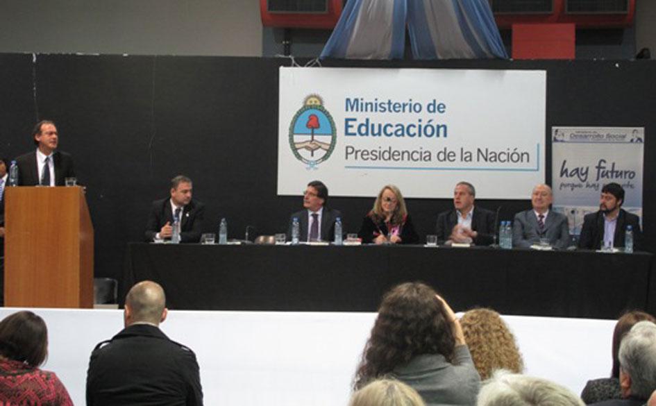 Convenio entre Ministerio de Educación, Inaes y Cooperar por educación cooperativa y mutualista