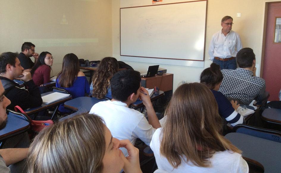 El CGCyM presente en la Universidad de Buenos Aires brindando una charla sobre gestión en cooperativas de trabajo