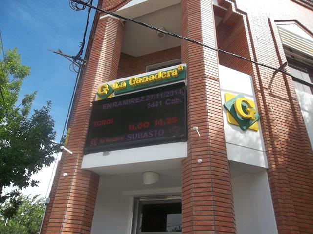 Un libro sobre la importancia de la «Cooperativa La Ganadera General Ramírez Ltda.»