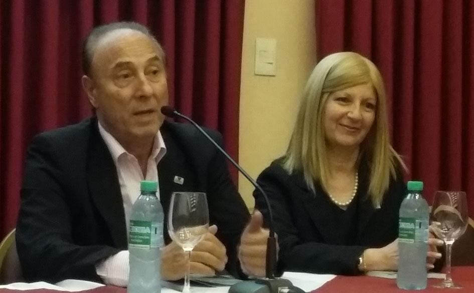 Alberto Salóm durante su intervención.