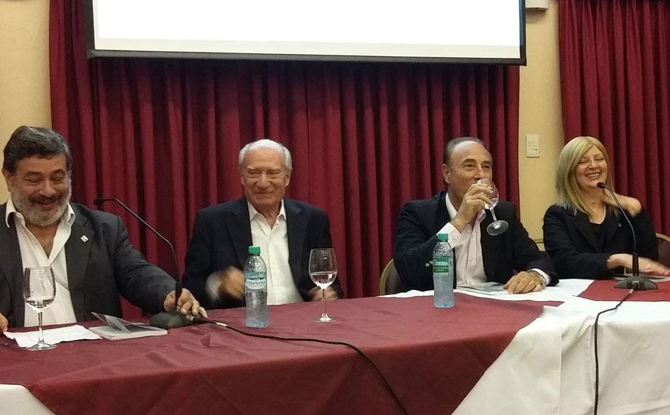 Presentación del libro de Jorge Caimi sobre la Federación Argentina de Mutuales Ferroviarias (FAMUFER) en AMEPORT