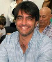 Carlos Meilan es Licenciado en Administración (UBA), Especialista en Economía Social y Desarrollo Local (Escuela de posgrado de la FCE-UBA). Docente de las materias Administración General y Seminario de Integración (UBA), Docente de la materia Teoría de la Organización (UNGS).