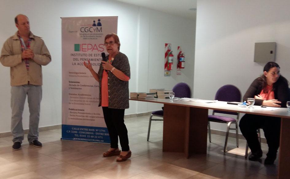 El IEPAS – CGCyM participó de la Feria del Libro de Concordia con una Mesa Debate sobre las encrucijadas de la Historia Regional