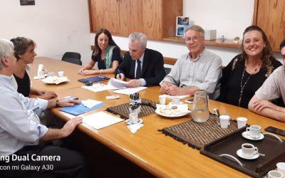 Convenio entre el INAES y la UCEL para la formación en ESS de contadores y abogados